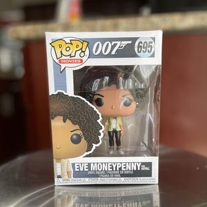 eve moneypenny from skyfall 🖤